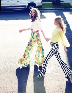 aliceandolivia-get-into-our-pants-photo-via